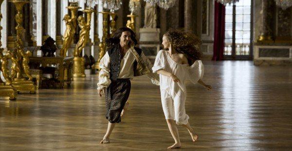 Se Versailles på C More